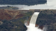 Officials to Stop Oroville Dam Outflow to Clear Debris