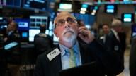 Markets Tumble on Growing Tariffs Rift Between US, China