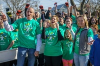Bringing Care to the Community: Comcast Cares Day 2016