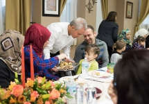 A's Pitcher, Girlfriend Host Syrian Refugees for Thanksgiving