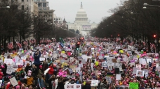 Hundreds of Thousands Flood DC for Women's March