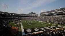 NFL Owners Approve Raiders' Lease With Oakland Coliseum