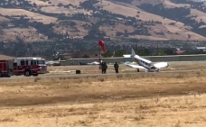 Small Plane Crashes at San Jose's Reid-Hillview Airport