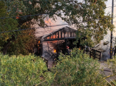 One Garage, Three Vehicles Destroyed in San Anselmo Fire