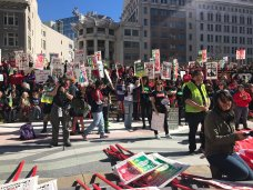 The Strike Goes On: Oakland Teachers Resume Rally on Friday