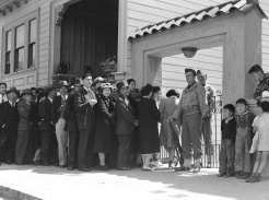 In San Francisco Japanese Americans Remember WWII Incarceration