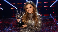 Alisan Porter Wins 'The Voice'