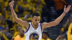 Stephen Curry Sprains Knee in NBA Playoffs