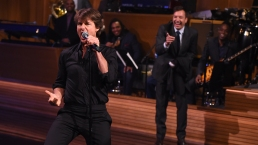 Tom Cruise Has Epic Lip Sync Battle With Jimmy Fallon
