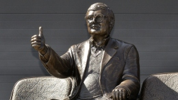 Bronze Statue of Roger Ebert Unveiled at Ebertfest