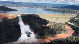 Oroville Spillway in Danger of Collapse; 188,000 Evacuated