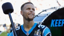Stephen Curry Bangs Panthers' 'Keep Pounding' Drum