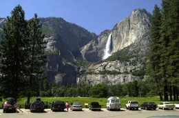 Fall's Falls: Rare Sight in Yosemite