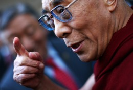 Don't Laugh: Dalai Lama is Latest Twitter Celebrity