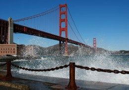 Next Tourist Trap: Top of Golden Gate Bridge