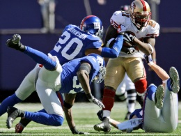 49ers Fall to Defending Super Bowl Champs