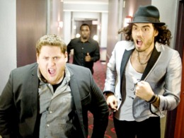 "Russell Brand Needs Minder in ""Get Him to the Greek"""