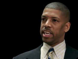 Sacramento Elects Former NBA Star for Mayor