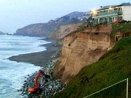 Pacifica Bluff Battle: Score One for Land Dwellers