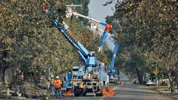 PG&E Says Cutting Power Before Wildfires is 'Complicated'