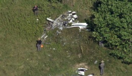 Pilot Dies in Crash While Practicing Stunts for NY Air Show