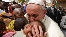 Pope Appeals for Peace in War-Torn Central African Republic