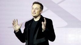 Elon Musk: Apple Is 'Graveyard' of Failed Tesla Employees