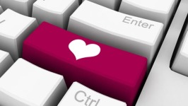 Speed Dating, Video More Often Lead to Love: Report
