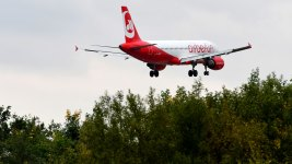 Air Berlin Pilots Suspended After Risky Fly-By Farewell
