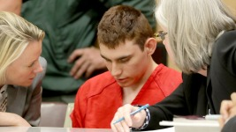 Florida Prosecutors Seeking Death Penalty in Parkland Shooting Case