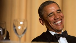 Obama Tosses Zingers at White House Correspondents' Dinner
