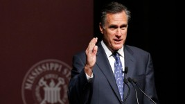Romney Takes Aim at Obama, Clinton in Mississippi