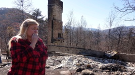 Dazed Residents Assess Wildfire Destruction in Tennessee
