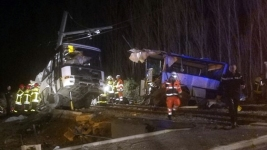 France Rolls Back Death Toll to 4 Kids in Bus-Train Crash