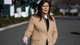 WH Ready to Work With Congress to Avoid Shutdown: Sanders