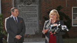 Oklahoma Governor Campaigns to Restore Monument