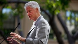 In 10th Convention Speech, Bill Clinton Faces Tougher Crowd