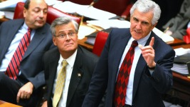Ex-NY Senate Leader, Son Indicted on Corruption Charges
