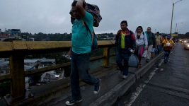 Mexico: 1st Caravan Migrants Have Arrived at Southern Border
