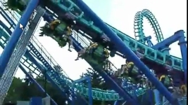 Police Catch Family Sneaking Into Theme Park