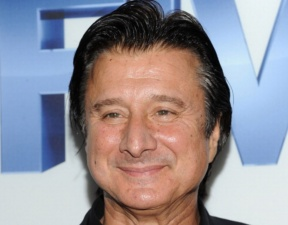 Steve Perry May Want to Reunite With Journey