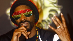 In Town for Super Bowl, Snoop Dogg's Concert Gear Stolen in SF