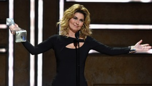 Shania Twain Honored as CMT's 'Artist of a Lifetime'