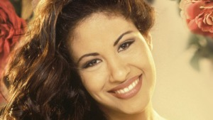 Selena to Posthumously Receive Hollywood Walk of Fame Star