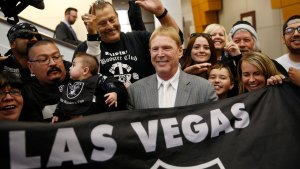 Twitter Reacts: NFL Approve Oakland Raiders' Move to Vegas
