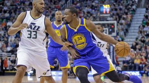 Warriors Pushed Late by Jazz, Still Come Out on Top