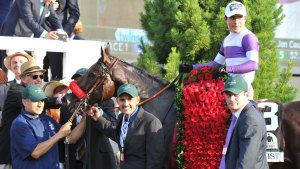 Unbeaten Nyquist Wins the Kentucky Derby