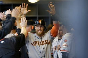 Giants Go Deep 3 Times in Win vs. Brewers