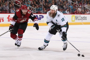 Jones Strong in Goal as Sharks Top Coyotes, Snap 3-Game Skid