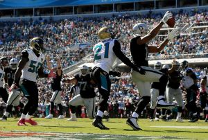 Raiders Rebound With Victory Over Jaguars